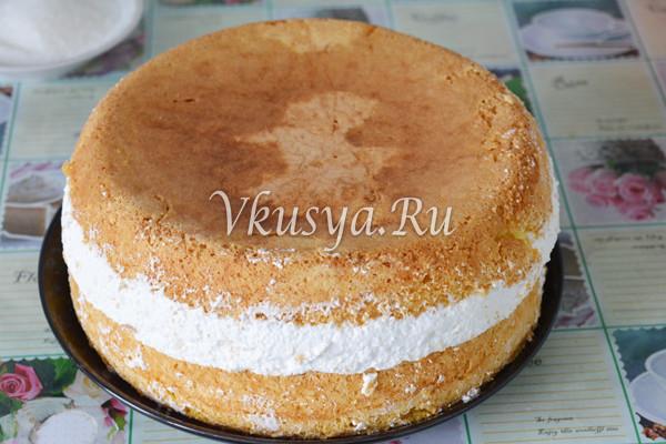Торт переверните на блюдо