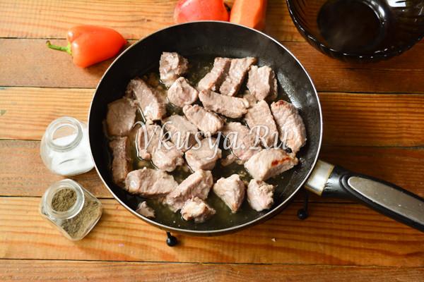 Свинина тушеная с овощами-5